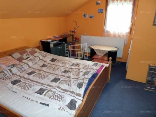 Eladó családi ház Fonyód, 4 szobás