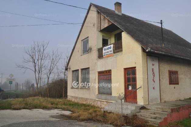Eladó ház Dunaalmás, Almási utca, 5 szobás