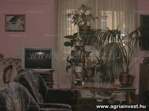 Eladó lakás Eger, 2 szobás