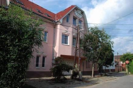 Debrecen családi ház eladó