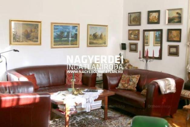 Debreceni lakás eladó, 97 négyzetméteres, 3 szobás