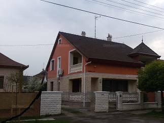 Ház eladó Hajdúszoboszló - Luther utca 19., 189 négyzetméteres