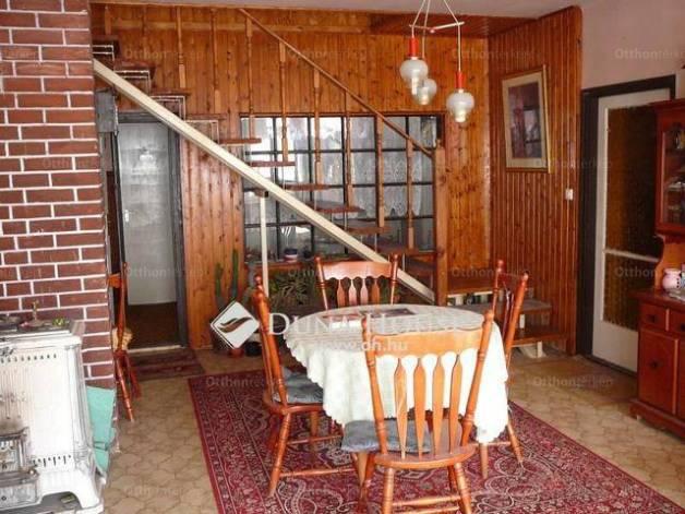 Mályi családi ház eladó, Petőfi utca, 7+1 szobás
