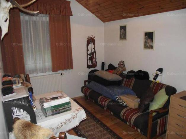 Székesfehérvár családi ház eladó, 3+3 szobás
