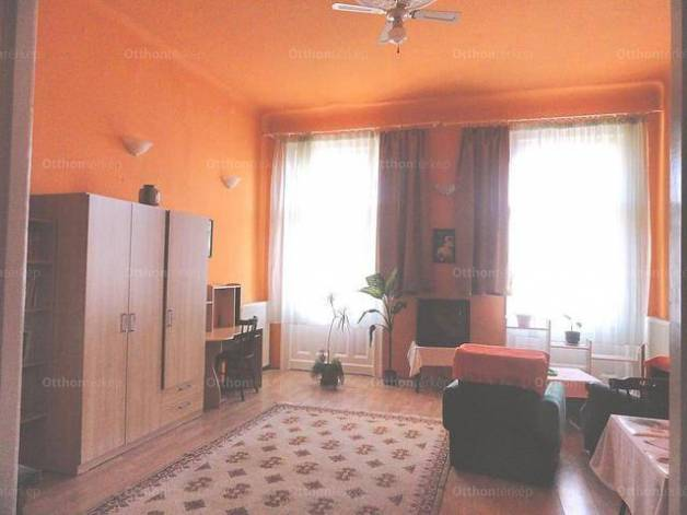 Budapest 2+1 szobás lakás eladó