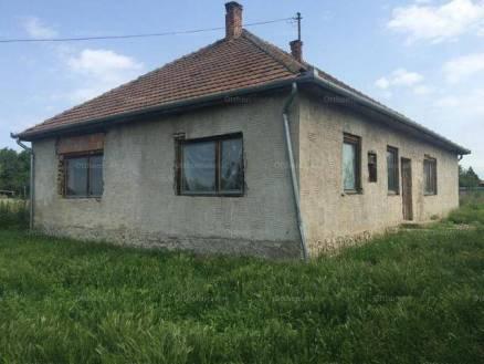 Pilis családi ház eladó, 3 szobás