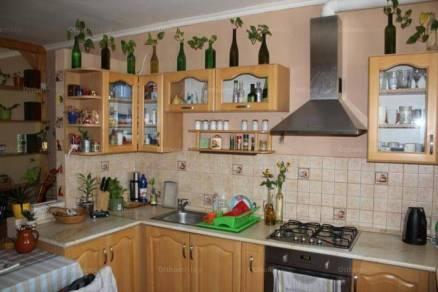 Eladó 2+1 szobás lakás Kaposvár a Tallián Gyula utcában