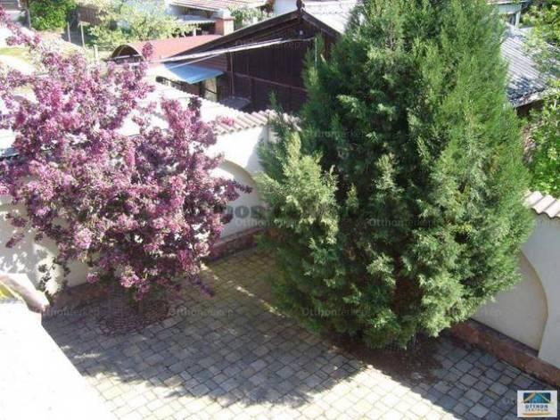 Debreceni családi ház eladó, 137 négyzetméteres, 4 szobás
