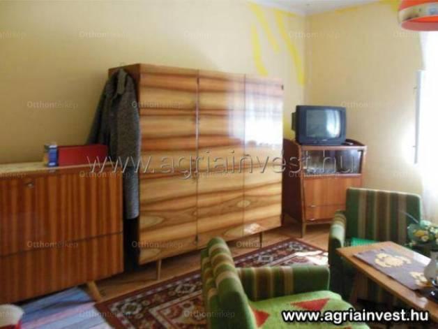 Eladó, Feldebrő, 3 szobás