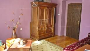 Eladó ház Kiskunmajsa, 2 szobás