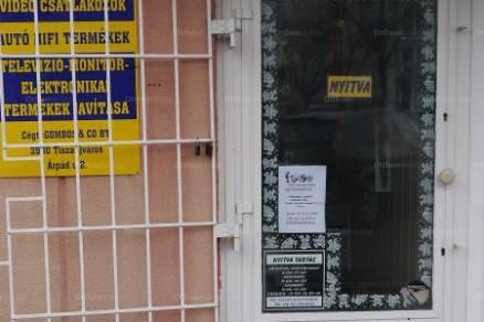 Tiszaújváros eladó házrész az Árpád úton 2sz