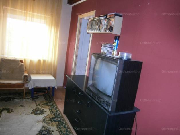 Kőteleki ház eladó Temesvári út, 75 négyzetméteres