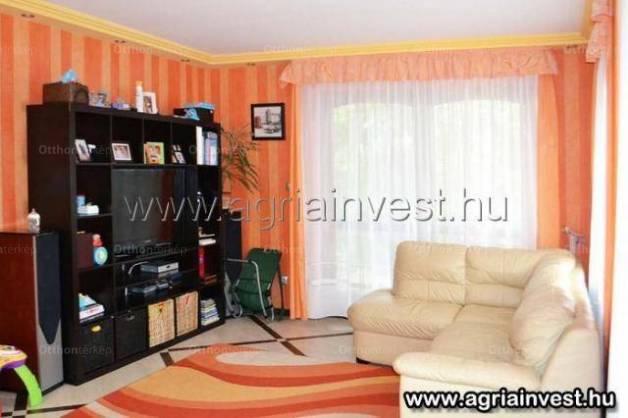 Novaj eladó családi ház