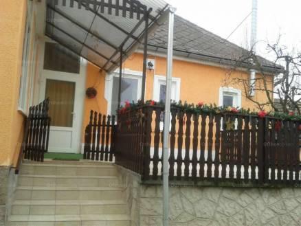Recski eladó családi ház, 3 szobás, Kossuth Lajos út 67-ben
