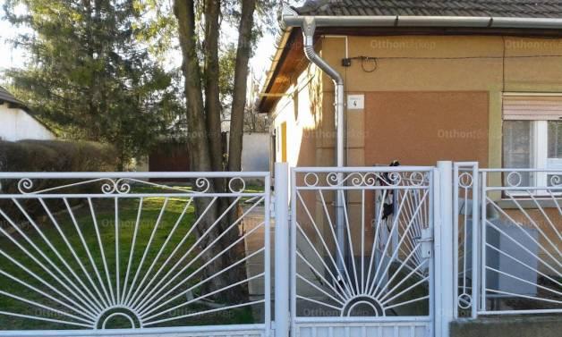 Eladó családi ház, Bodrogkeresztúr a Rákóczi utcában, 3 szobás