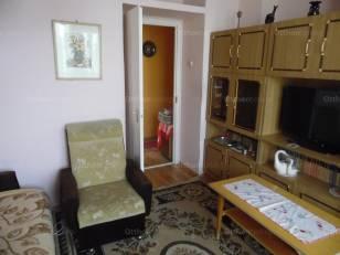 Eladó lakás Mórahalom, István király út, 2 szobás