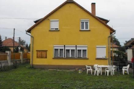 Hódmezővásárhely családi ház eladó, Nefelejcs utca, 5+1 szobás