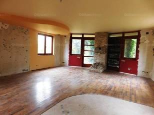 Eladó családi ház, Budapest, Csillaghegy, Hegyláb utca, 4 szobás