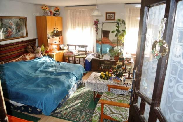 Velény 2 szobás ház eladó