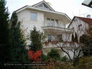 Budapest, családi ház eladó, Remetekertváros, 6+2 szobás