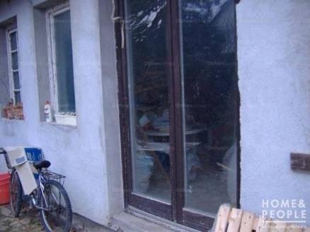 Szegedi eladó családi ház, 3 szobás, 114 négyzetméteres