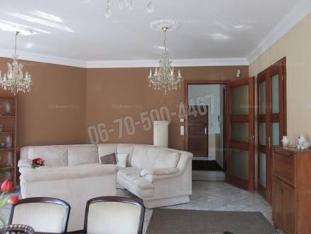 Eladó 5+1 szobás lakás, Vérhalmon, Budapest
