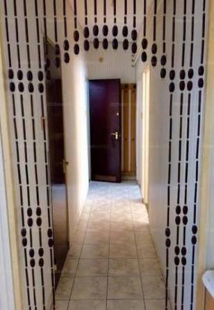 Veszprémi eladó sorház, 4+2 szobás, 127 négyzetméteres