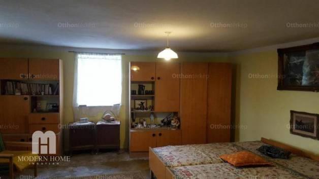 Eladó 3 szobás családi ház Pákozd