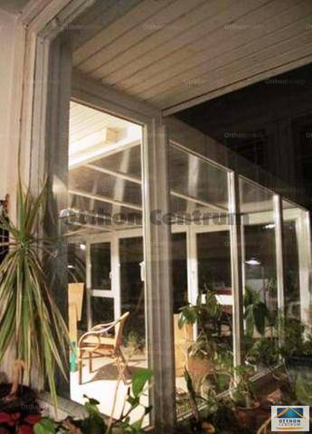 Budapest 4+4 szobás családi ház eladó