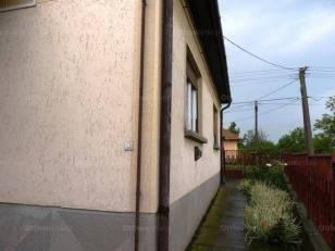 Ludas 2 szobás családi ház eladó