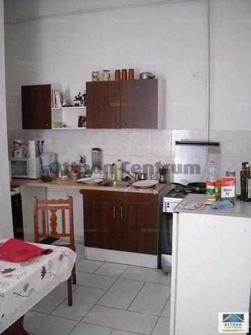 Eladó családi ház Budapest, 3 szobás