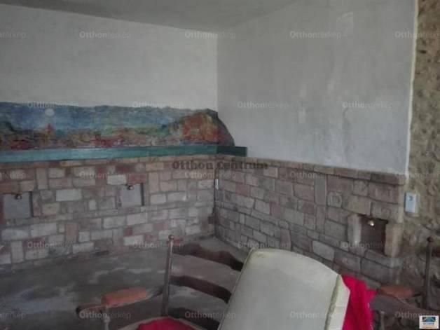 Ajkai eladó családi ház, 4 szobás, 176 négyzetméteres
