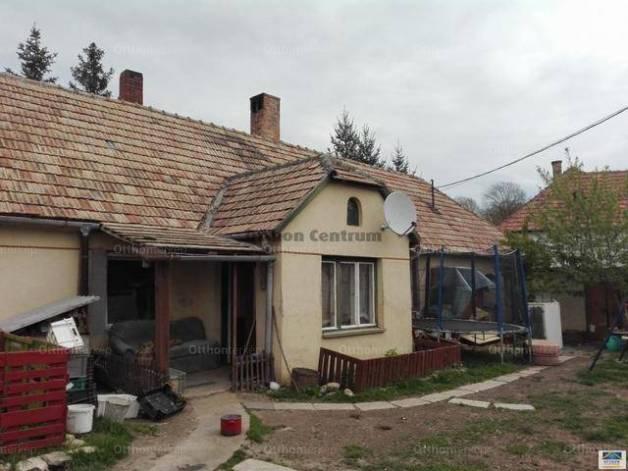 Ajka eladó családi ház