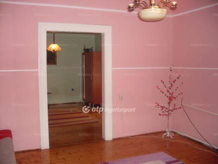 Lőrinci eladó ház, 3 szobás, 86 négyzetméteres