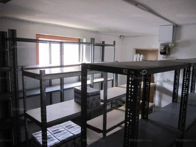 Családi ház eladó Tápiószentmárton, 130 négyzetméteres