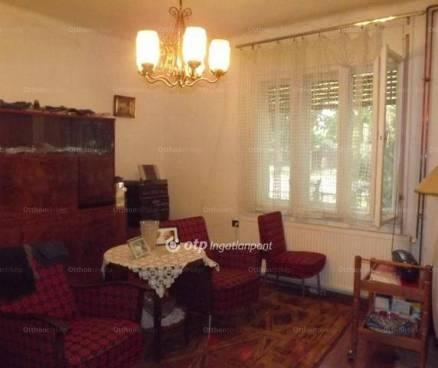 Siófoki családi ház eladó, 109 négyzetméteres, 2+1 szobás