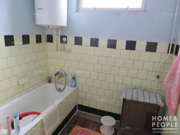 Makó családi ház eladó, 3 szobás