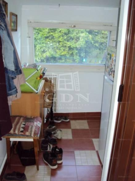 Budapesti eladó lakás, 1+1 szobás, 45 négyzetméteres