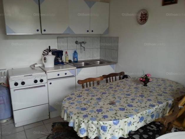 Eladó, Balatonszentgyörgy, 3 szobás