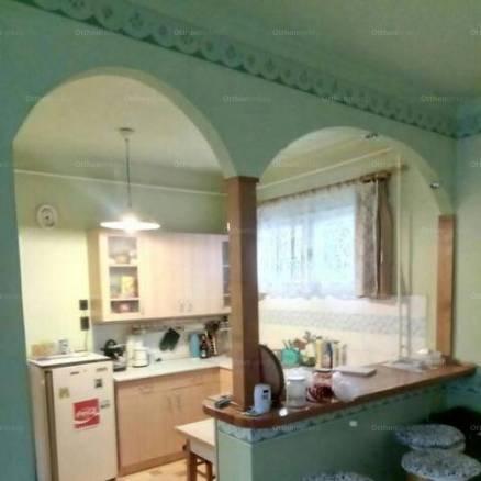 Gyöngyössolymos eladó családi ház