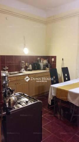 Eladó házrész Budapest, 3 szobás
