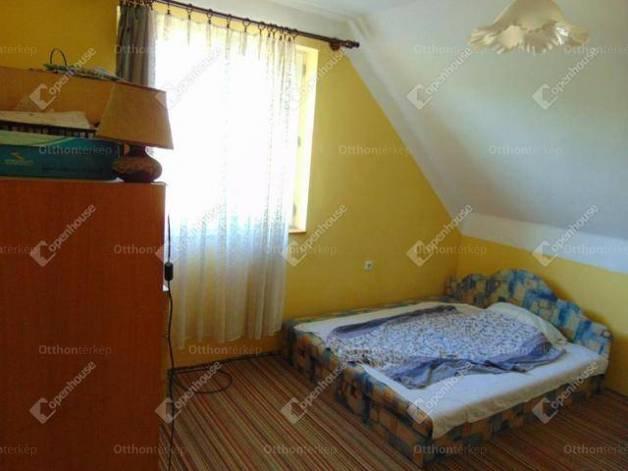 Nyírteleki eladó családi ház, 4 szobás, 180 négyzetméteres