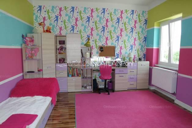 Szombathelyi eladó lakás, 2+1 szobás, 93 négyzetméteres