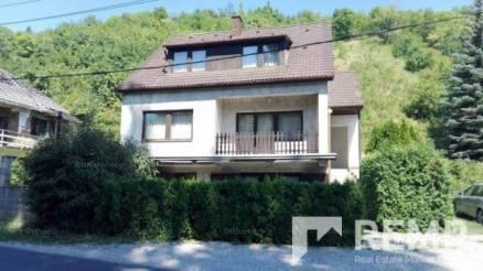 Eladó 5 szobás lakás Pécs