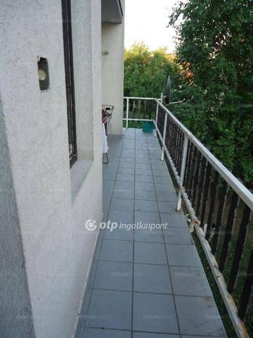 Családi ház eladó Fót, 140 négyzetméteres