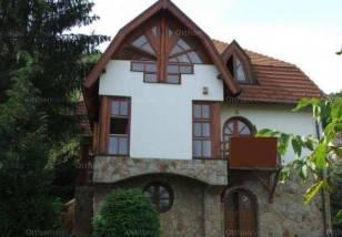 Budapest családi ház eladó, Máriaremetén, 9 szobás