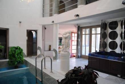 Eladó 7+1 szobás családi ház, Máriaremetén, Budapest