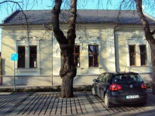 Makói családi ház eladó, 160 négyzetméteres, 5 szobás