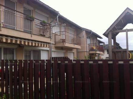 Eladó lakás, Biatorbágy a Karikó János utcában 32-ben, 2+2 szobás