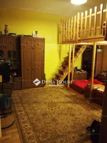 Budapesti lakás eladó, Erzsébetvárosban, Akácfa utca, 1+1 szobás